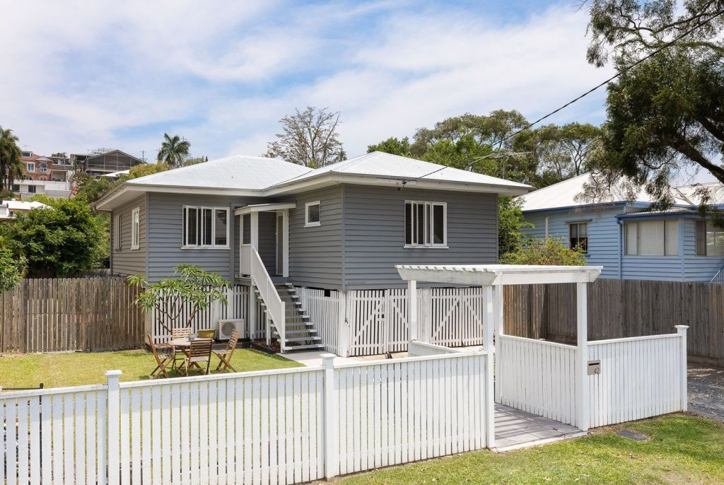 This three-bedroom Bulimba home on a 607 square metre block is an 18 minute drive from the Brisbane CBD. It sold for $925,000 in December 2018.