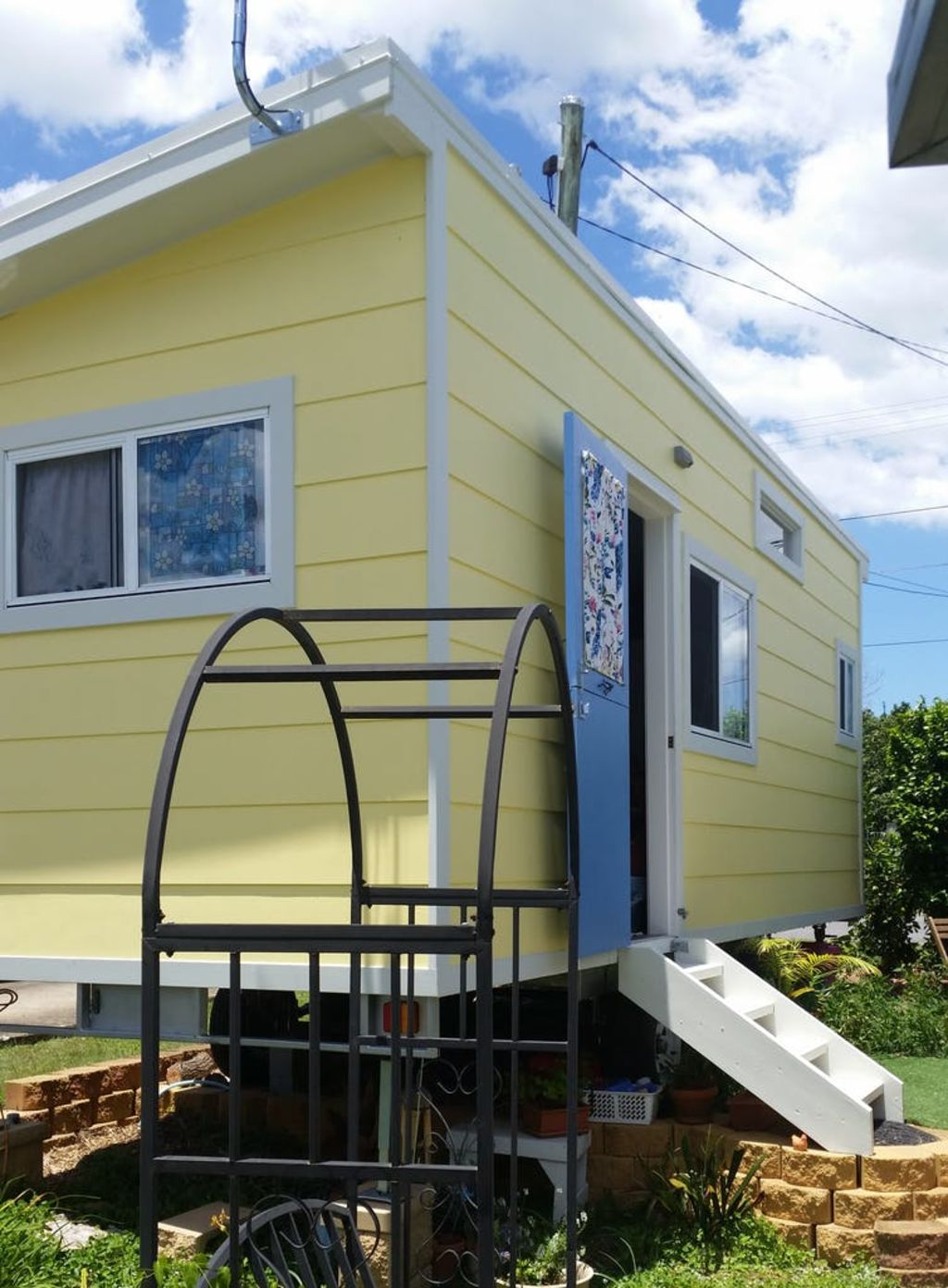 Very few people actually live in tiny houses. So, why the discrepancy? Photo: Heather Shearer