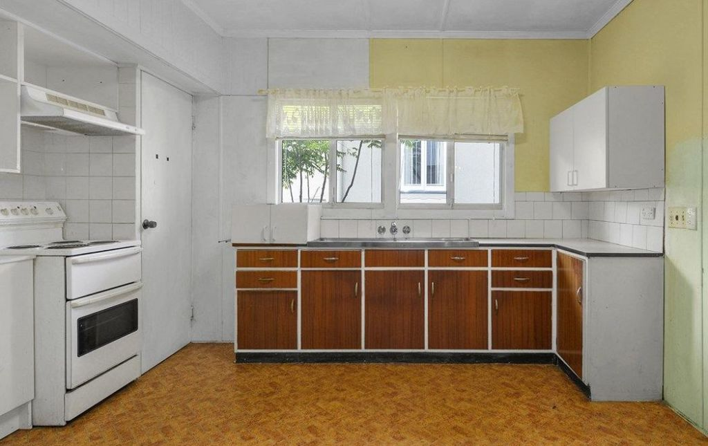 Kitchens, both modern and retro, can be sold online.