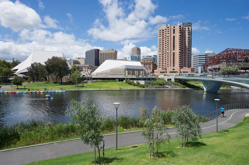 602468543DM028_Adelaide_Cit_ohncgr