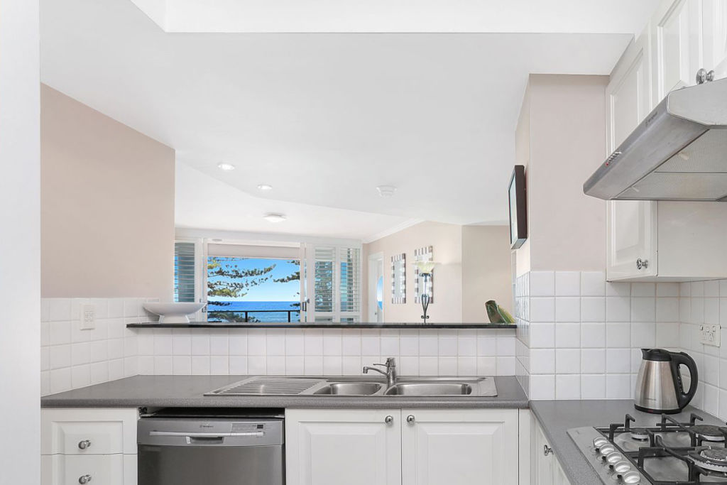 10.1135 Pittwater Road Collaroy NSW Low res