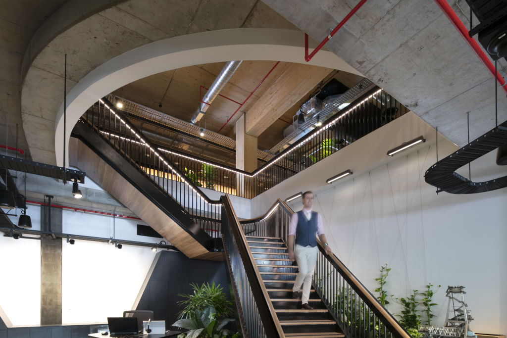 PhotoSource_Aurecon_Staircase_icbzur