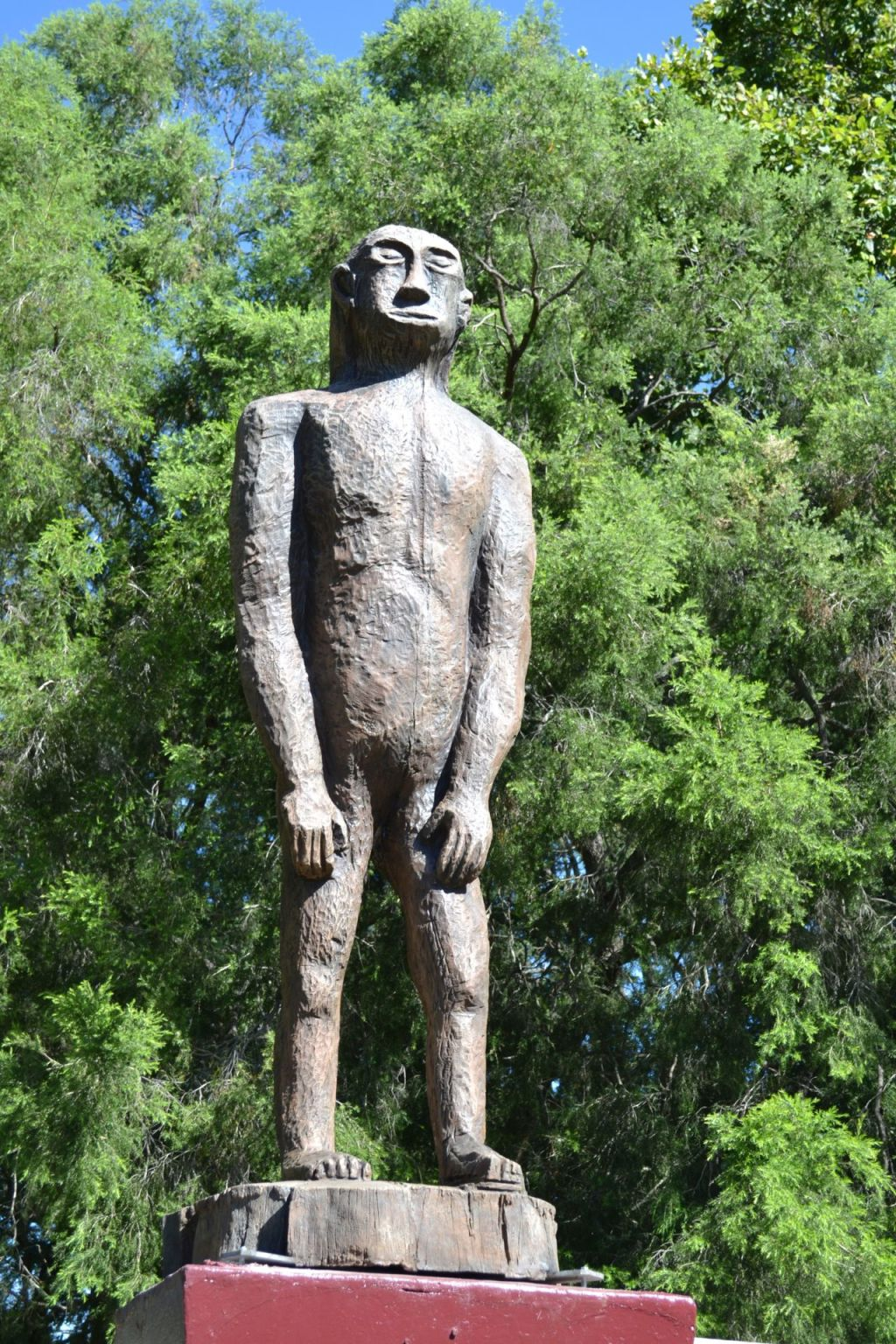 The Kilcoy Yowie statue has recently been replaced. The old wooden creature was switched for a more durable fibreglass version.