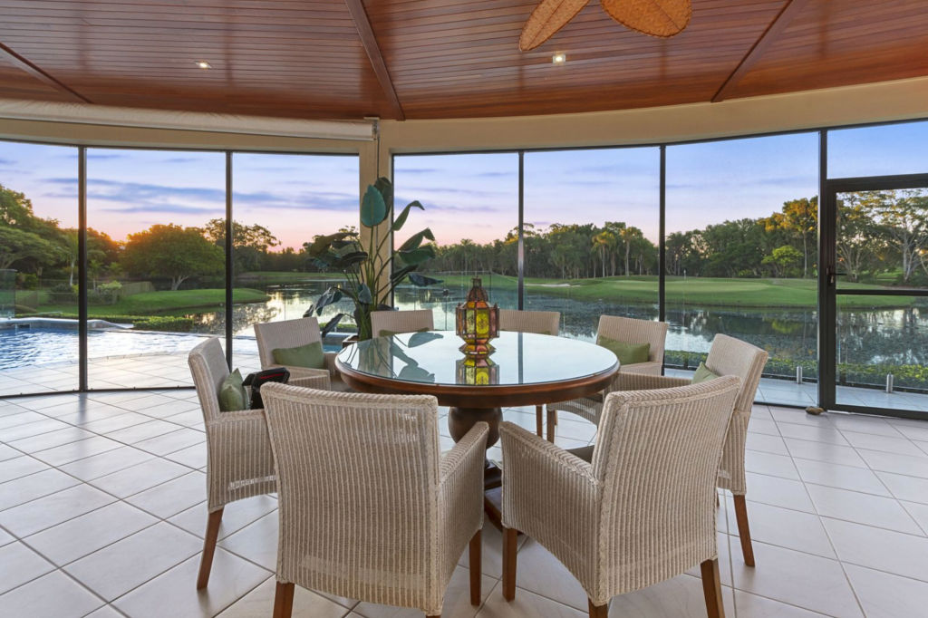 4828 The Parkway Sanctuary Cove QLD low res