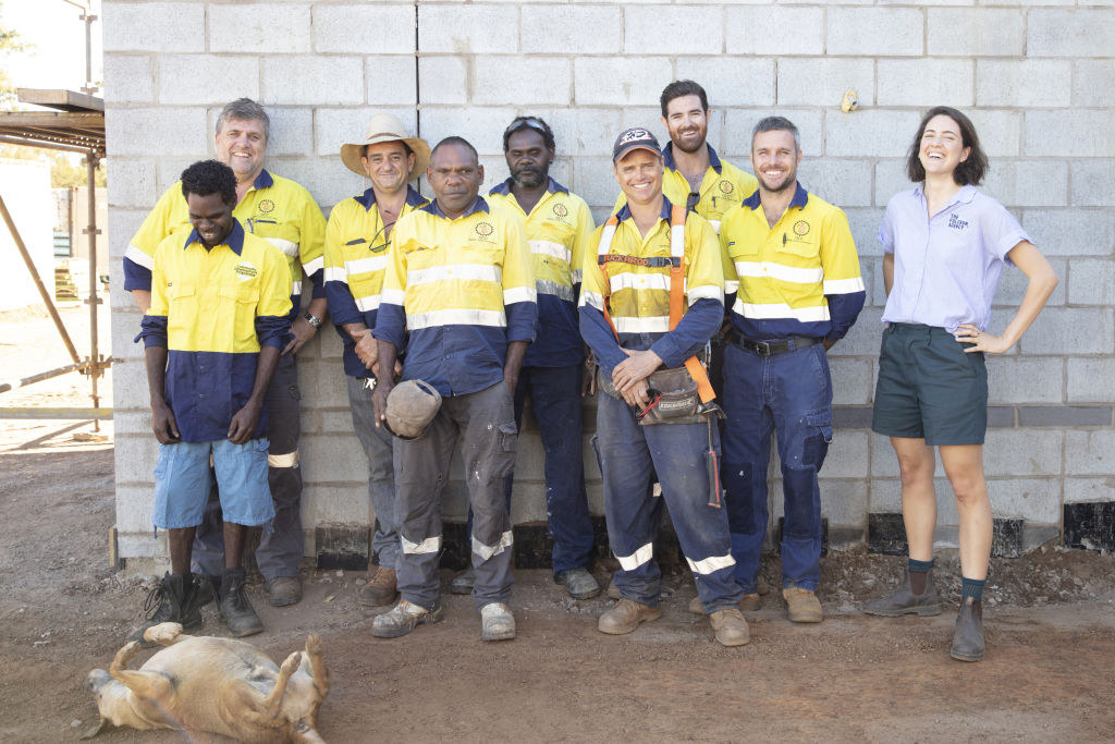 bowong_groote_1203_the_housing_project_work_crew_is_as_local_as_possible._Pic_Bo_Wong_fvtslw