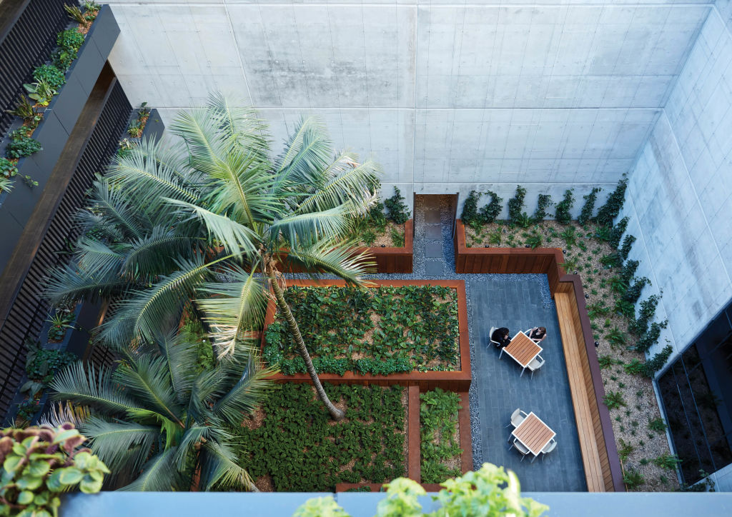 DUO_Mixed_Use_Developement_Residential_atrium_ou9im6