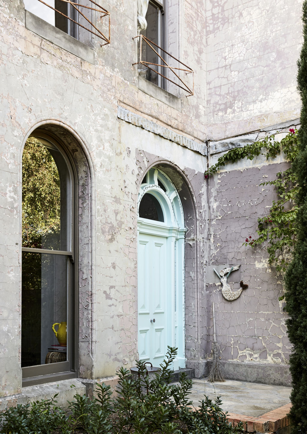 A divine example of a historic home, with a new heart. Styling: Annie Portelli.