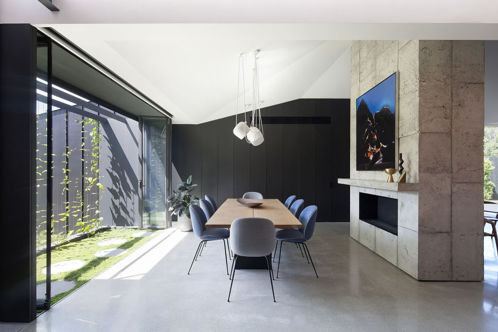 Shadow House by Warwick Constructions NOT FOR REUSE