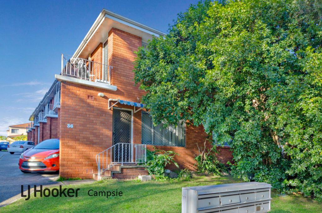The lowest auction result was at 5/36 Denman Avenue, Wiley Park, for $288,000.