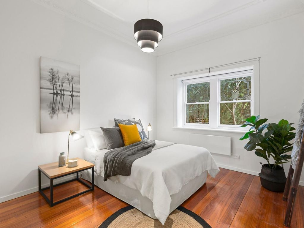 Whether an extra bedroom will add value or not largely depends on buyer demographics.