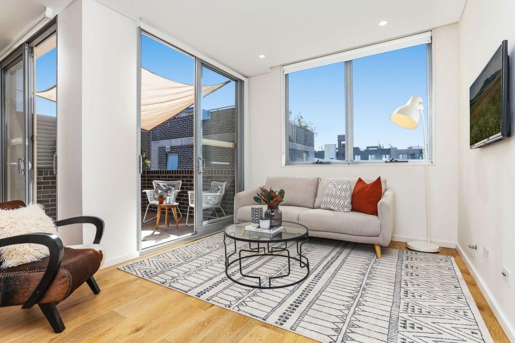 An apartment 207/23-25 Rosebery Avenue, Rosebery sold for $955,000