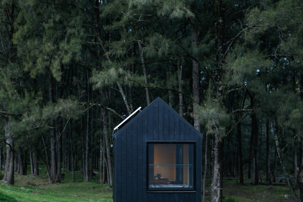 barrington-cabin-fresh-prince7_y2slkc