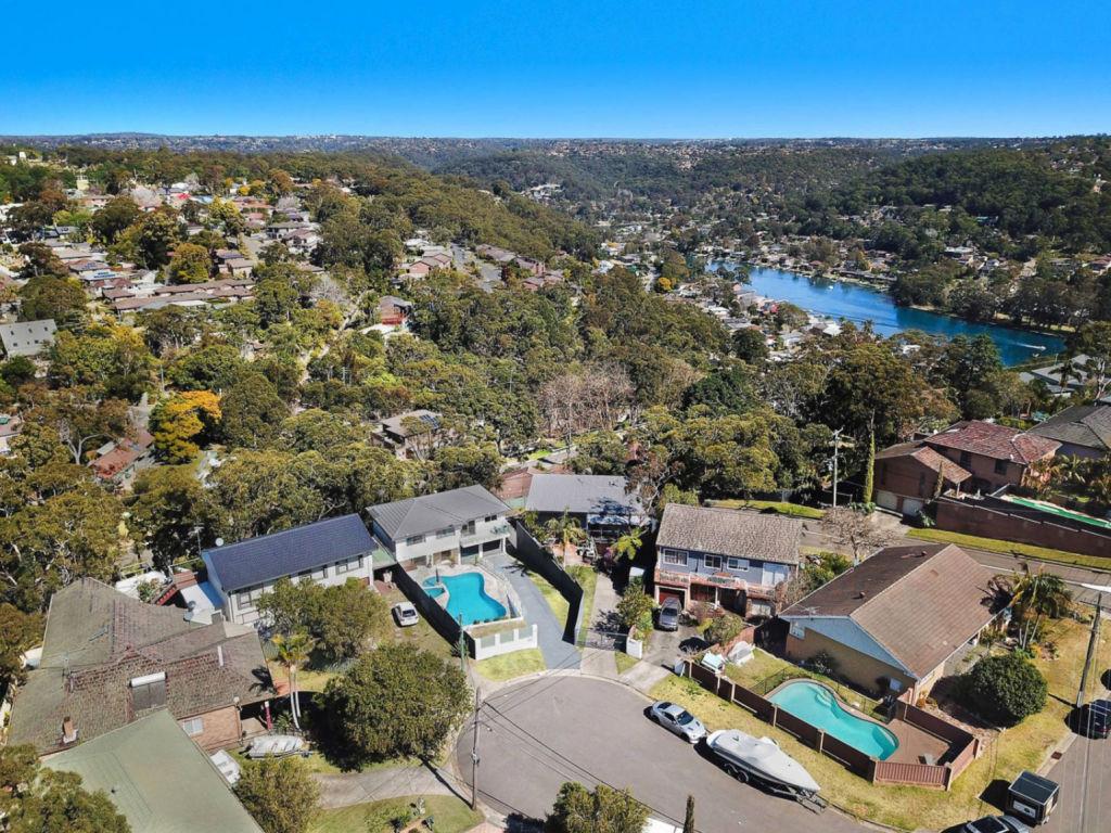 22 Coolgardie Place, Sutherland NSW low res