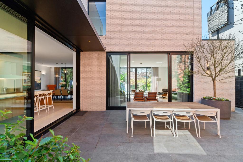 82 John Street Woollahra NSW