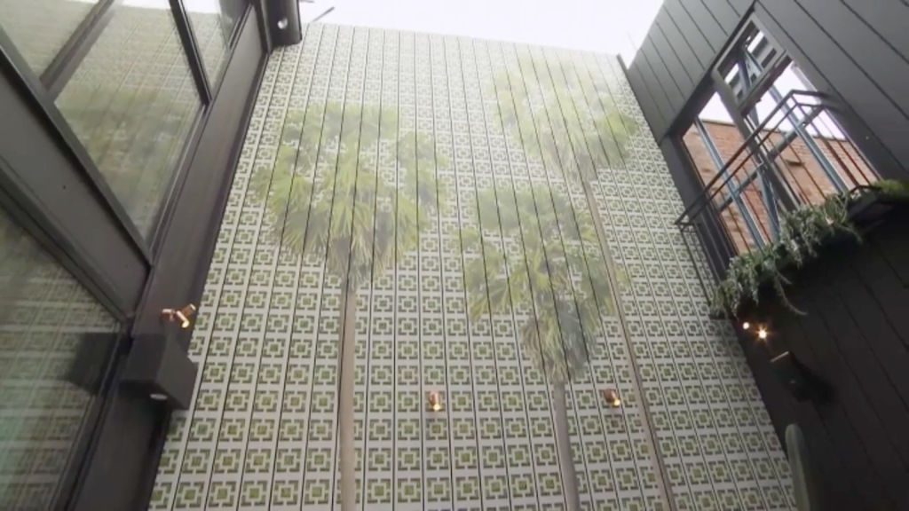 block-mitch-mark-courtyard2_jx4qlb