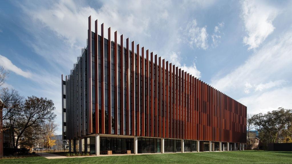 4._ANU_Hanna_Neumann_Building_-_Photographer_Rodrigo_Vargas_xzws1x
