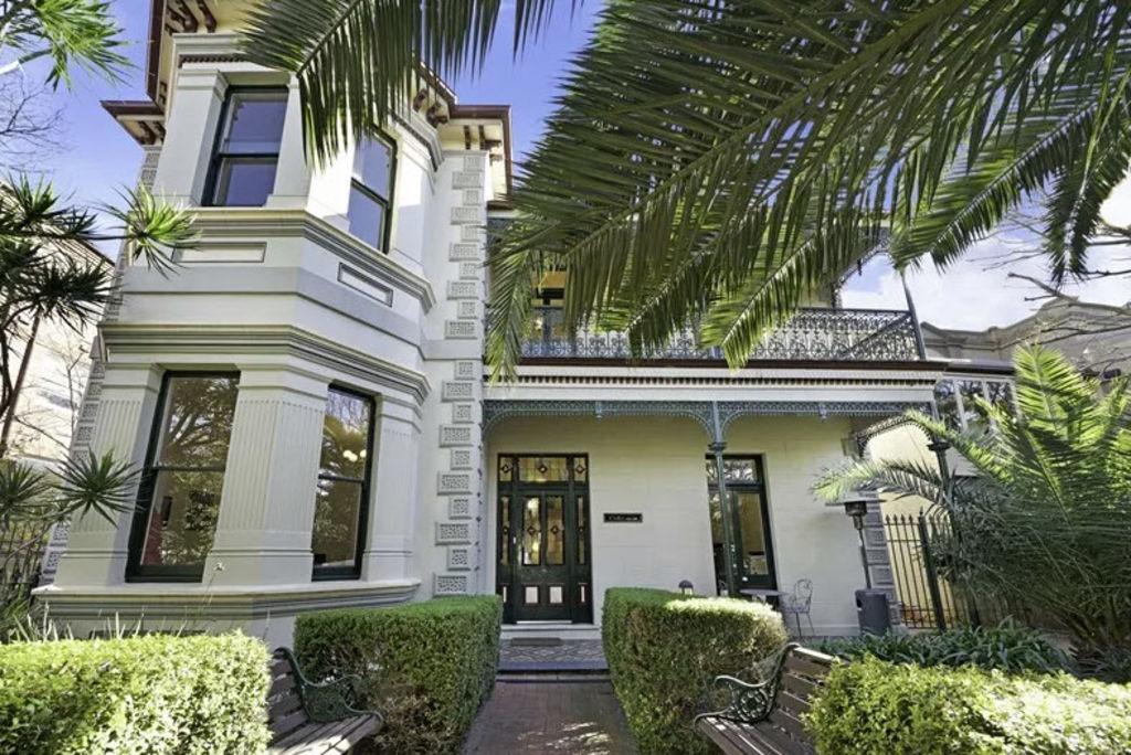 Five Grand Australian Mansions For Sale Right Now