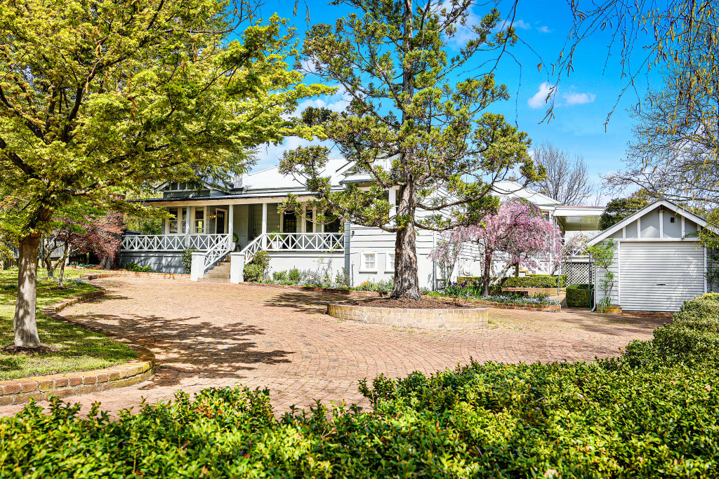 31 Holly Street Bowral NSW