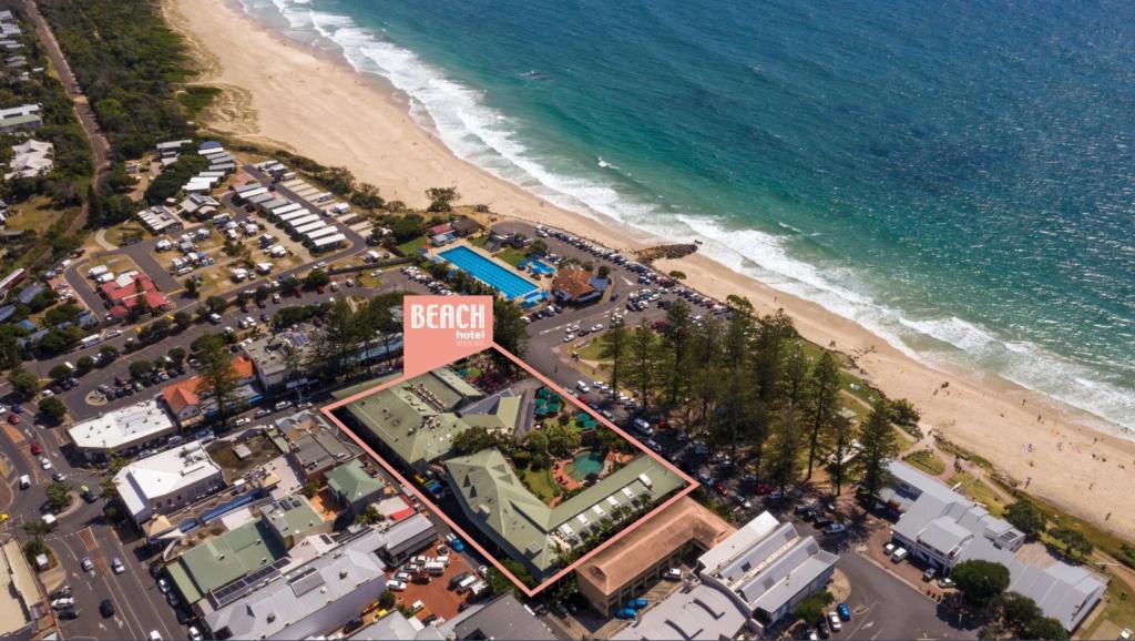 beach-hotel-byron