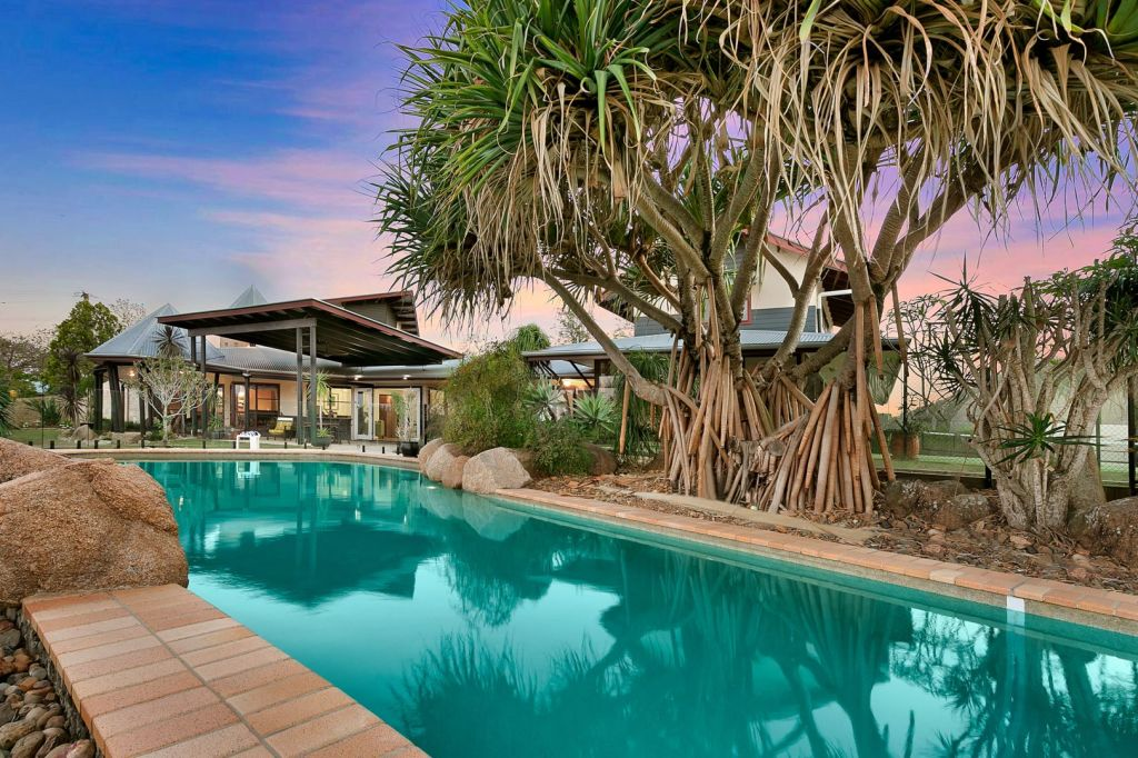 63 McMullen Road, Brookfield QLD low res
