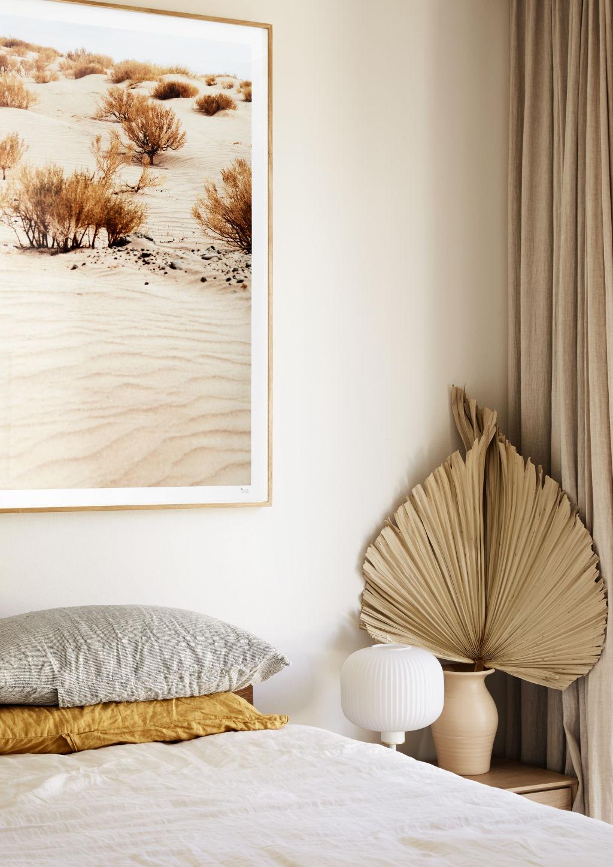 Linen bedding by Deiji Studios, artwork by Pampa. Styling: Annie Portelli.