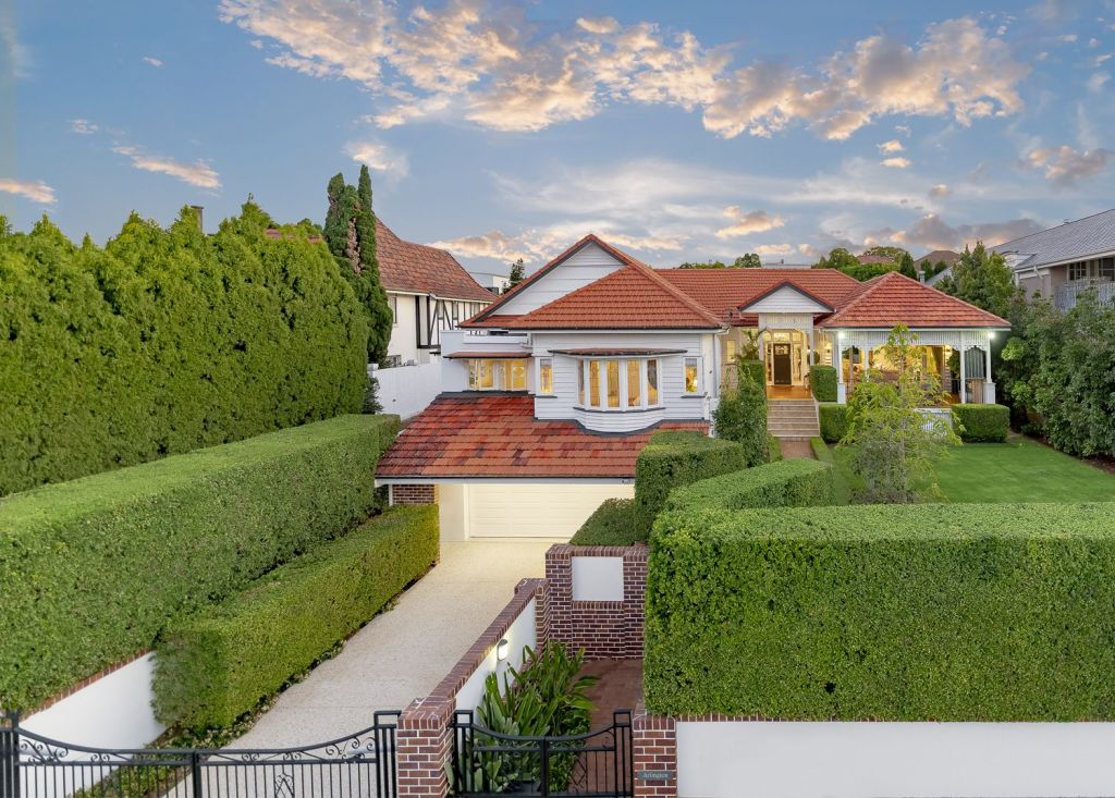 129_Adelaide_St_East_Clayfield_grhe2h