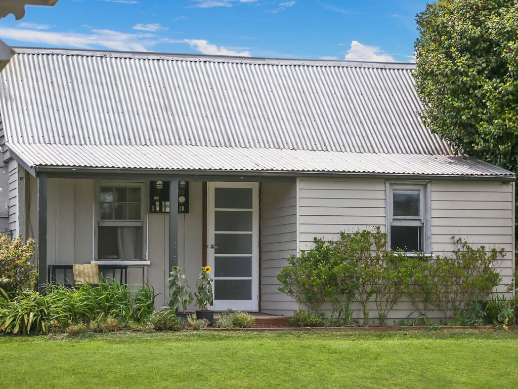 54-56 Burrawang Street, Robertson NSW low res