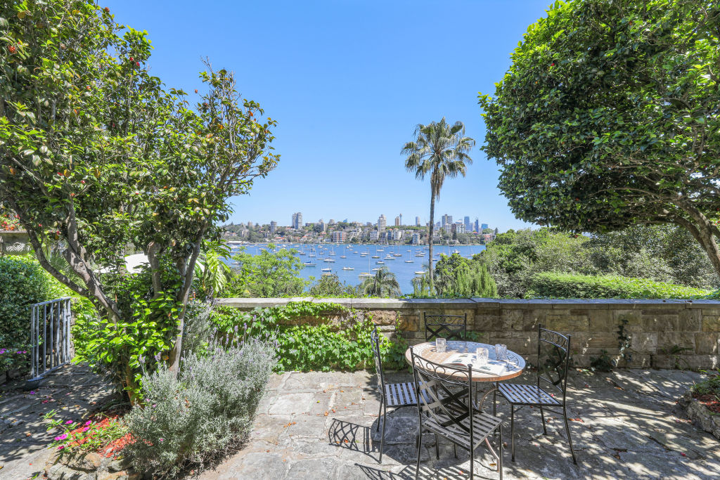 14 at 16 Wolseley Road Point Piper NSW