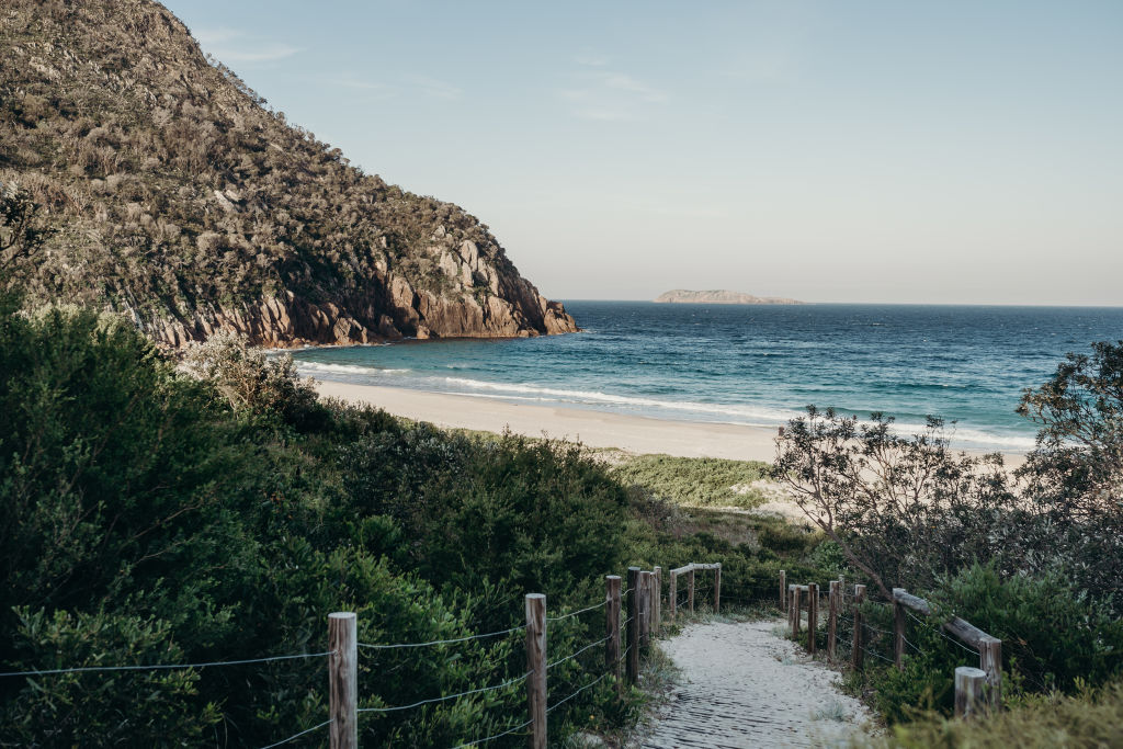 Go_for_a_surf_at_Zenith_Beach_txgjdx
