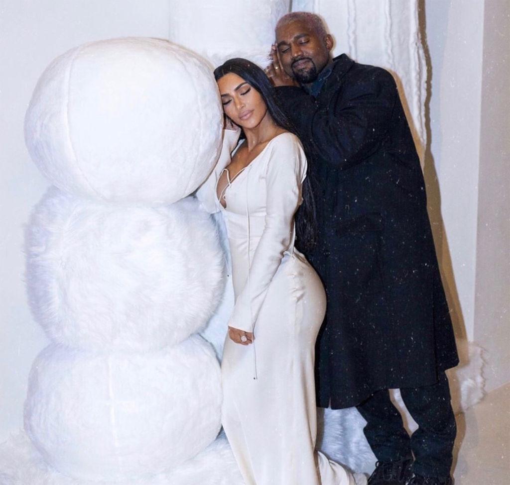 Kim Kardashian Kanye West family Christmas pictureshttps://www.instagram.com/p/Br3l0Qynuwm/Credit: Kim Kathy Temin art Kardashian West/Instagram