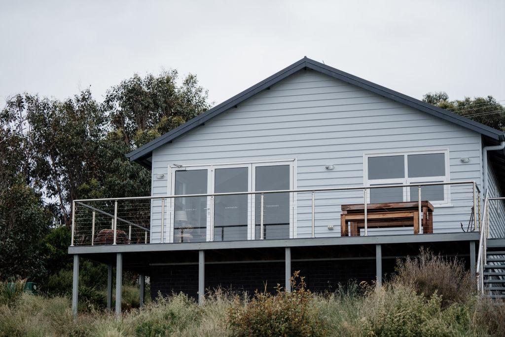 Bruny_Boathouse_Photo_by_Graham_King_ymqvwc