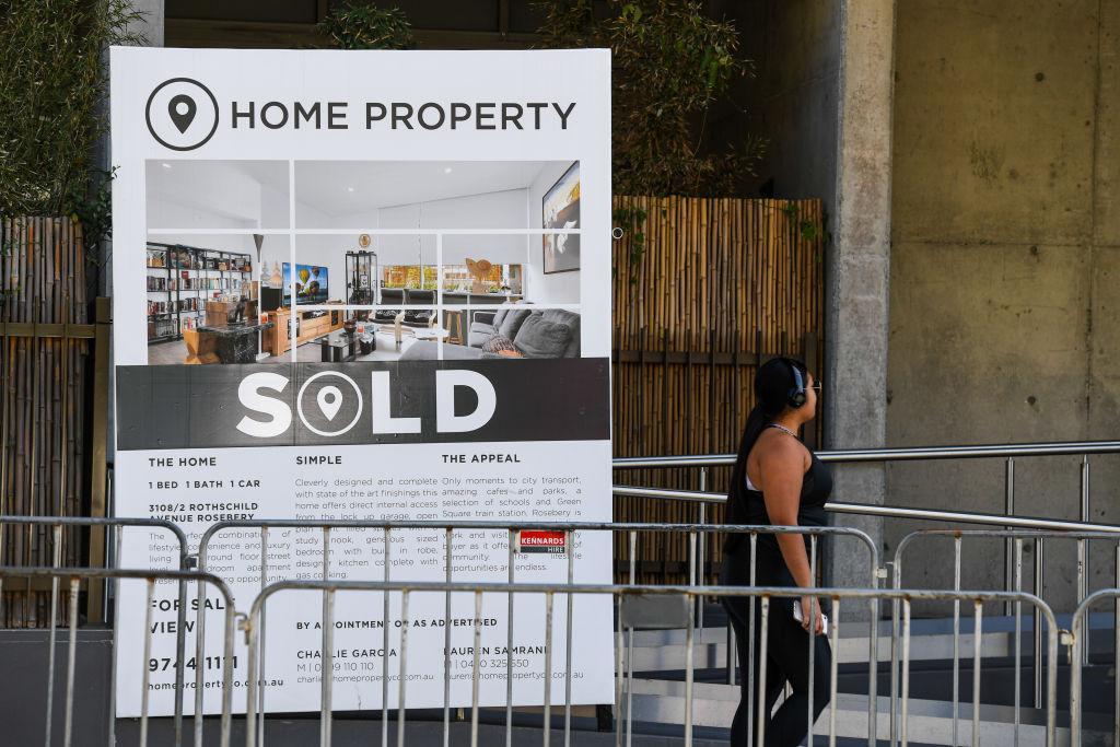 Sold_Sign_Sydney_23_tfgr6h