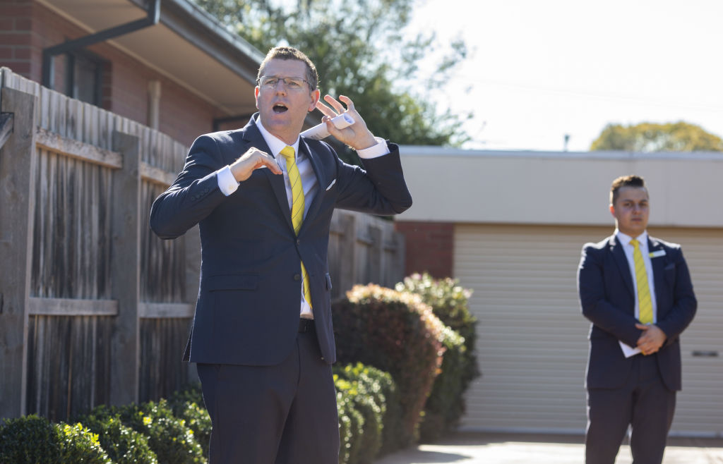 Auction of 2 Olympic Court, Glen Waverley. Saturday May 16