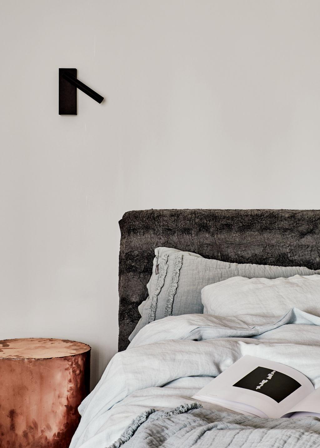 Malvern_East_House_by_Fiona_Lynch_Office_35_photographer_Amelia_Stanwix_zuvikg