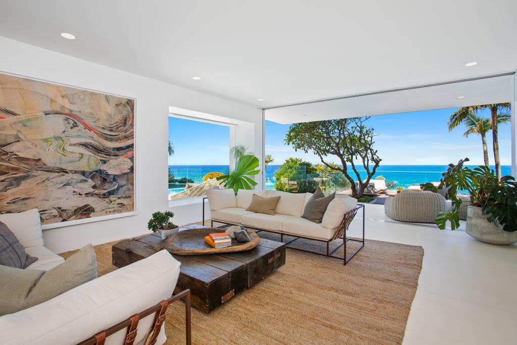 46_Seaview_Terrace_Sunshine_Beach_3_rpl5ls
