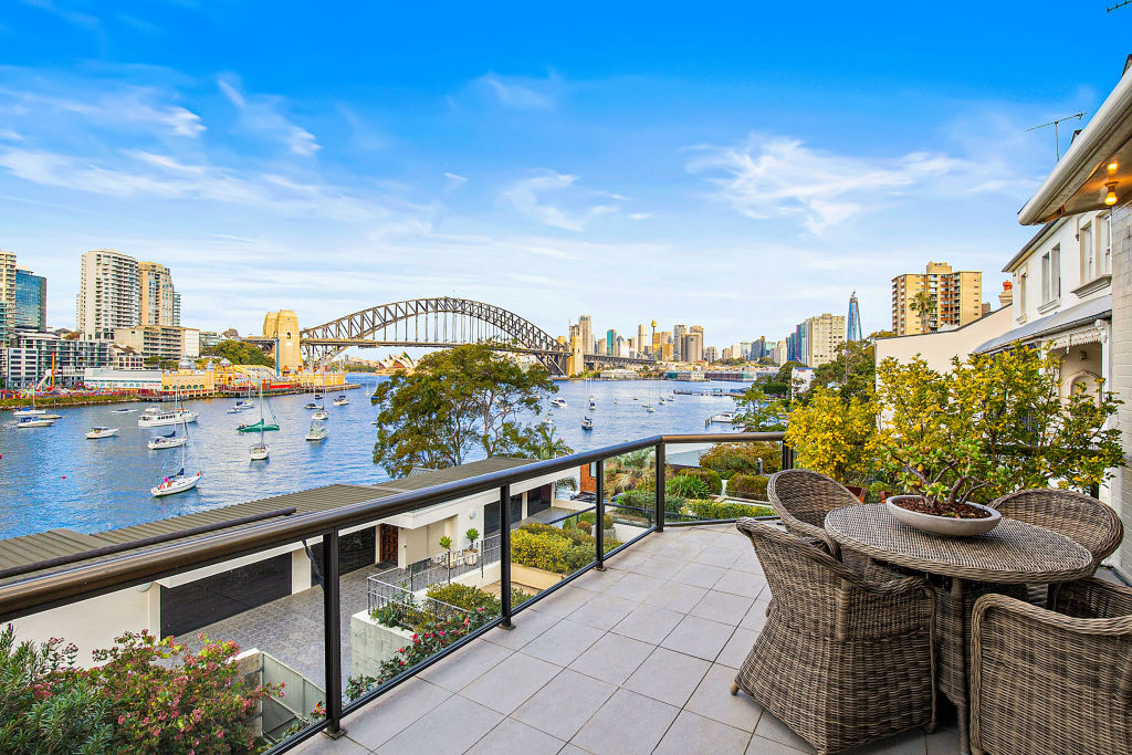 Andy Buttfield 35 Bay View Street Lavender Bay