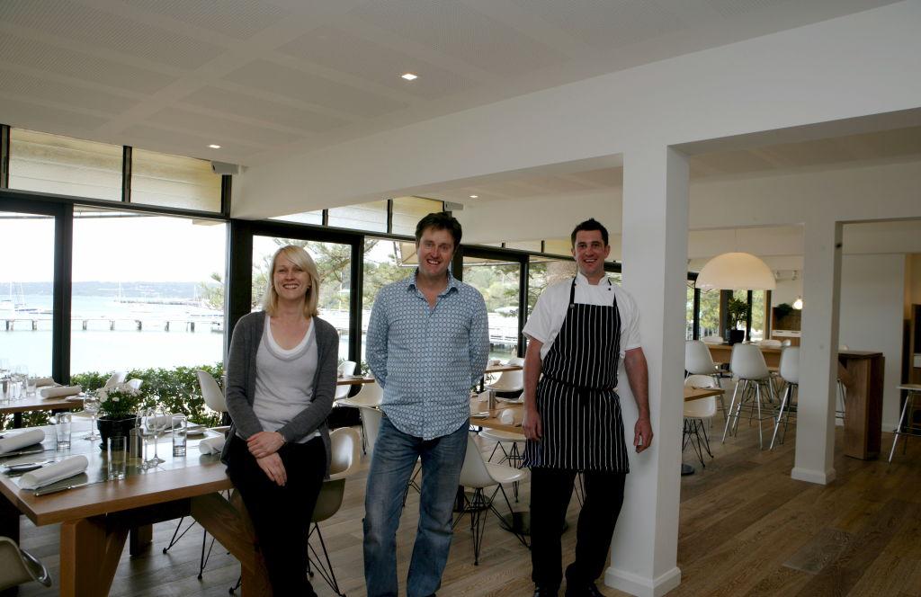 .mark and monique mcloughlin with chef nick raitt DIGICAM 00115304