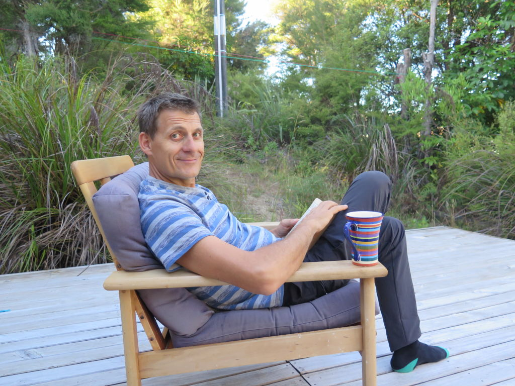 Matt_Luthi_on_the_veranda_of_his_positive_energy_house_at_Tamborine_in_Queensland._Photo_supplied_ayaaur