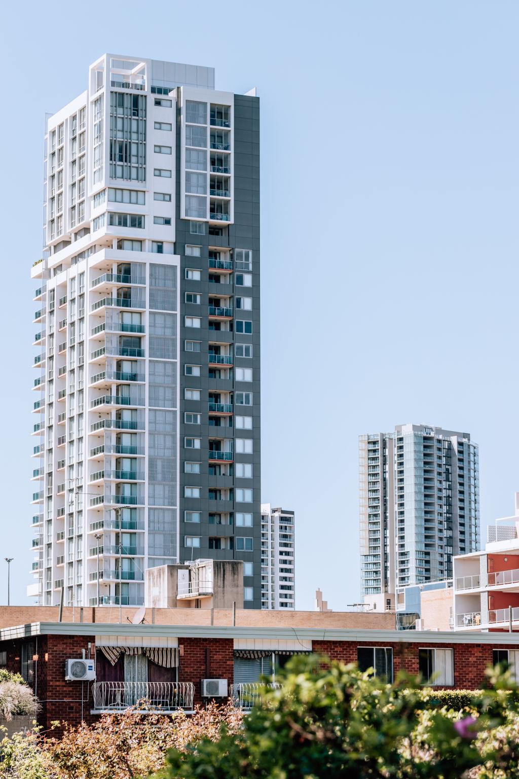 Neighborhood_Parramatta_Photographer_Vaida_Savickaite-10_glkses