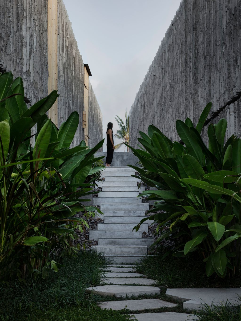 Green_planted_gullies_separate_the_suites._Photo_Ben_Hosking_vxcal6