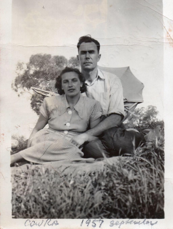 1957_Cowra_Boris_and_Tamara_aq9i55