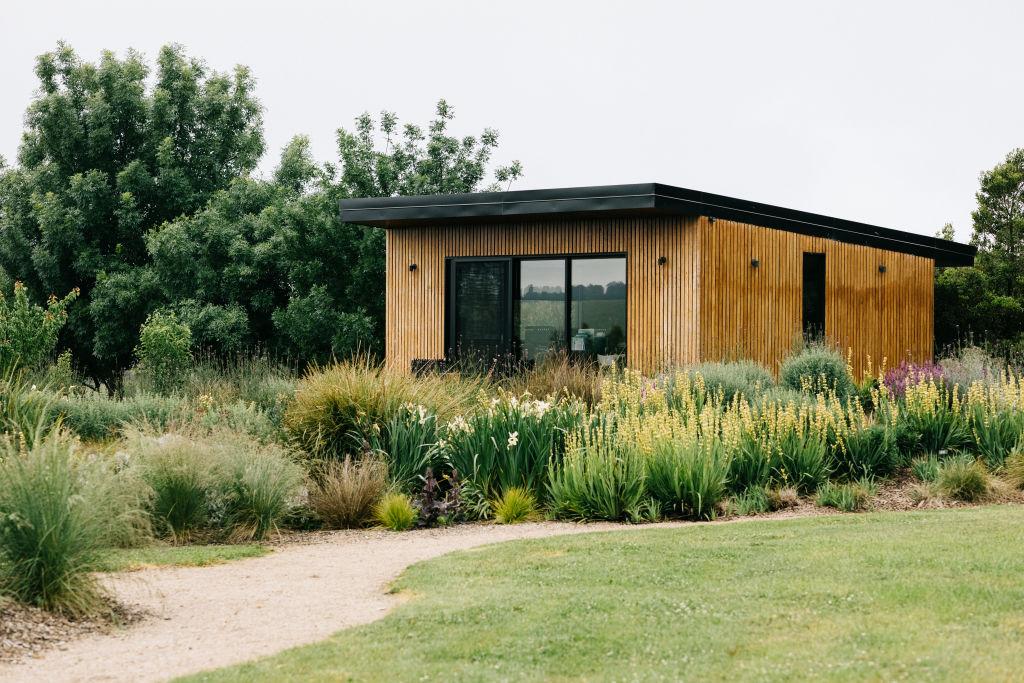 Native Retreat Studio Garden project