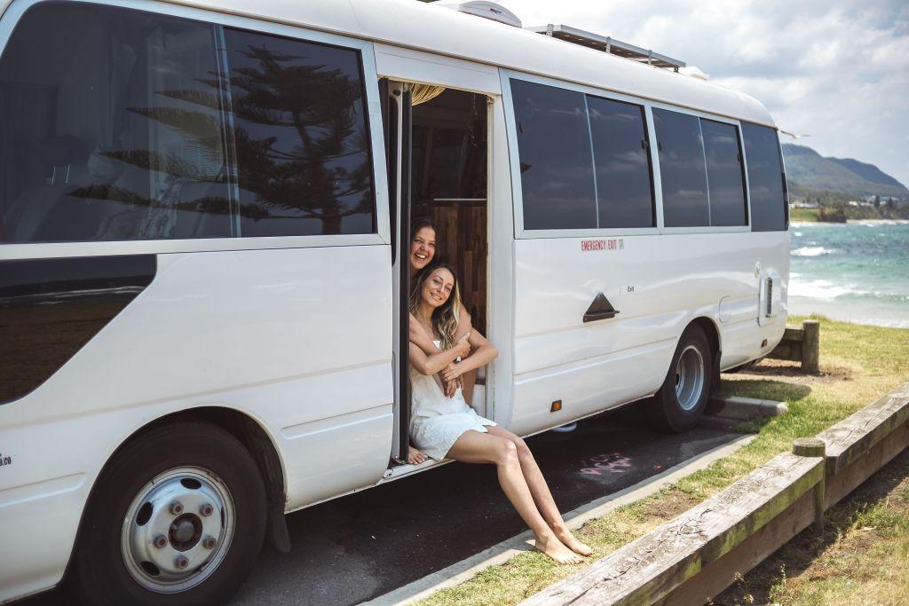 Natalie Saper and Amanda Sanches de Souza