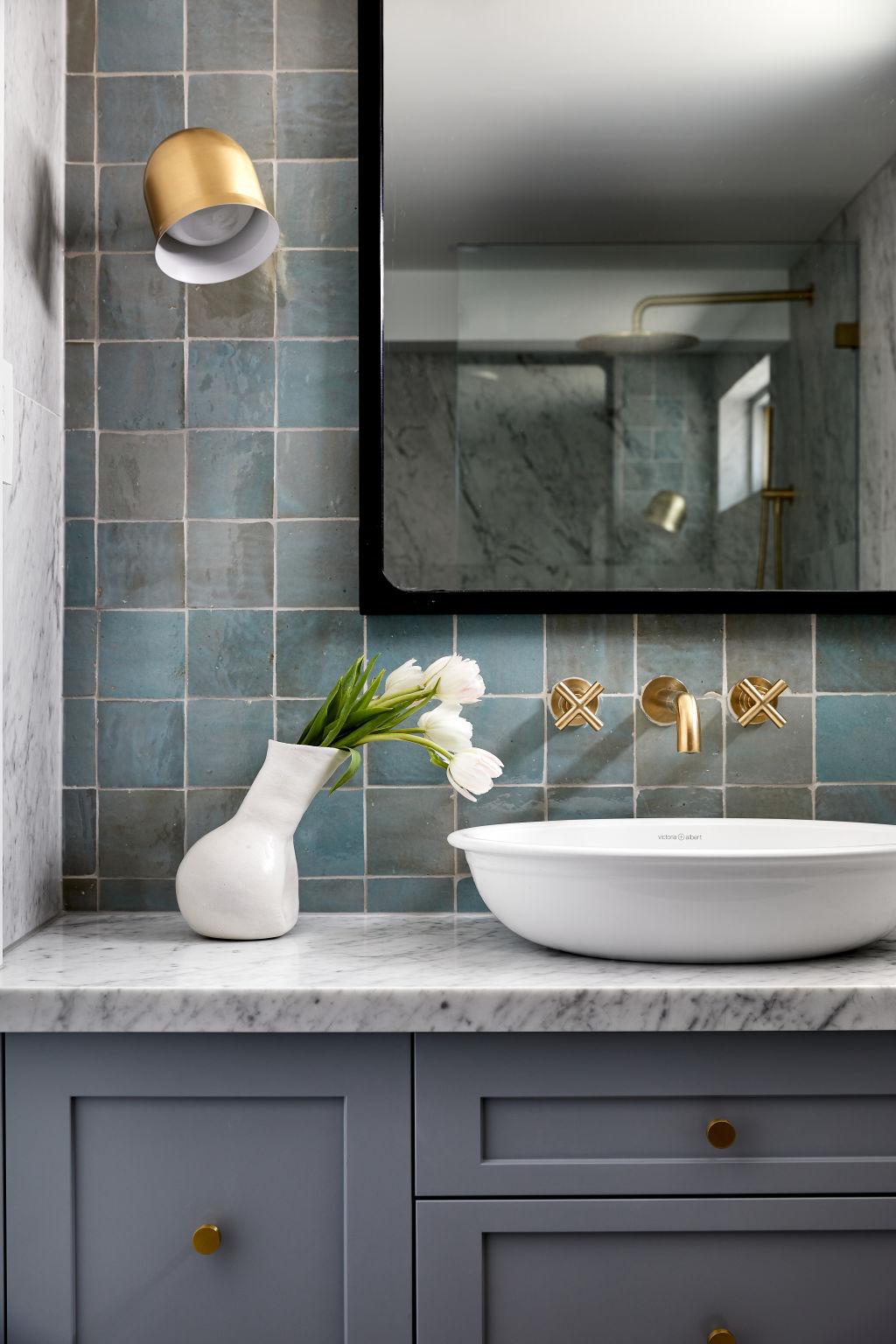 Bathroom_-_Harper_Lane_Design_-_Photographed_by_Ryan_Linnegar_mm6wyb