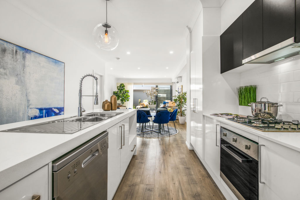 Interior_of_Alight_Townhome_2_wqfy53