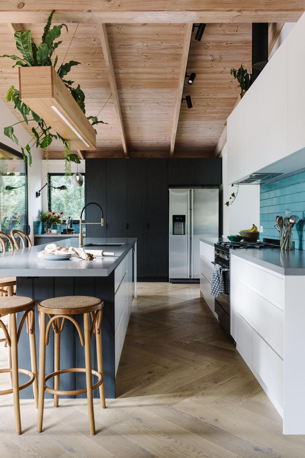 Sanctum Homes, Blair Street. Design: Kate Lucas - Open Door Design, Feature planter box: Lee Gratton - Gratton Design, Joinery: Skyline Kitchens