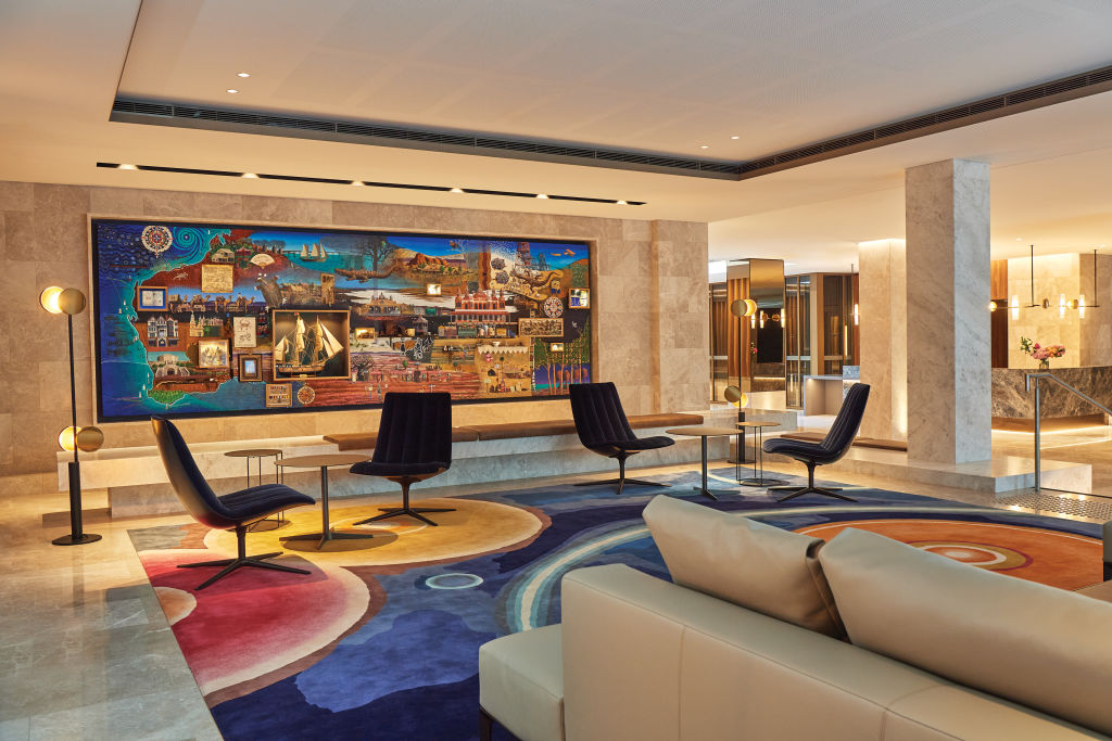 Parmelia-Hilton-Lobby2_qsdt4l