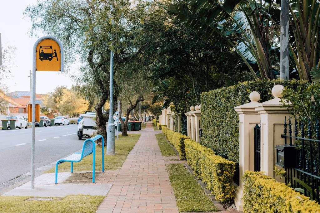 Neighborhood_Botany-14_l1d3zy