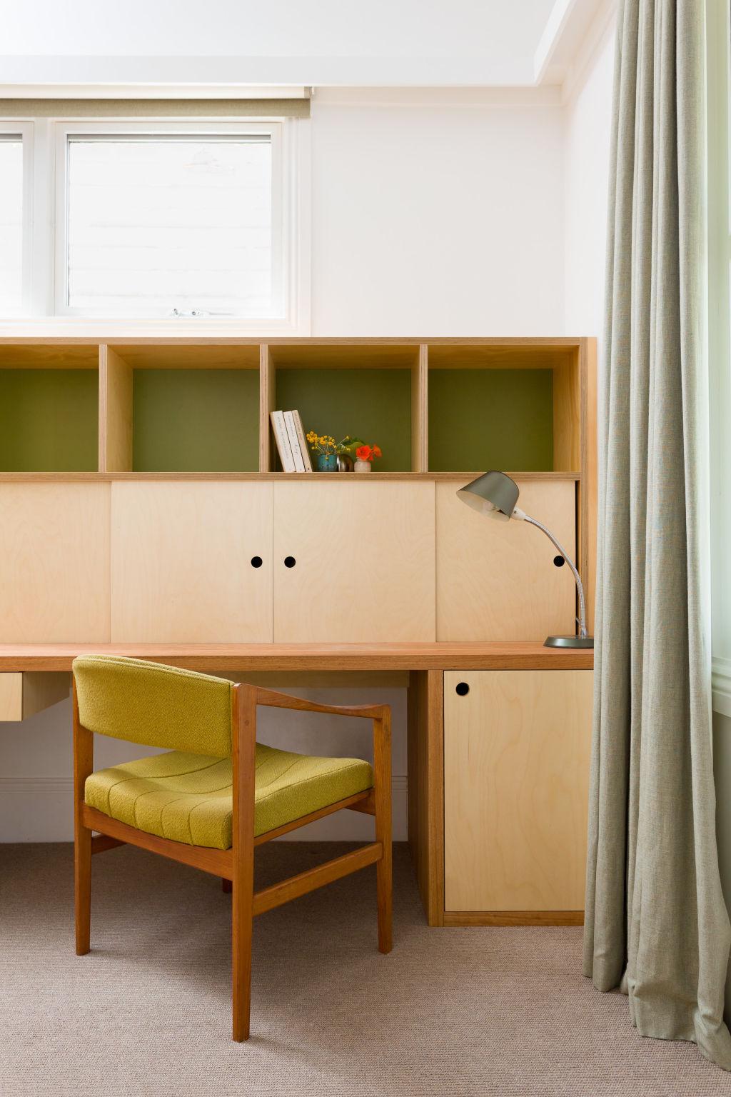 Home_Love_Melbourne___Home_Office_Bespoke_Desk_Vintage_Gems___Petrina_Turner_Design_dgiac2