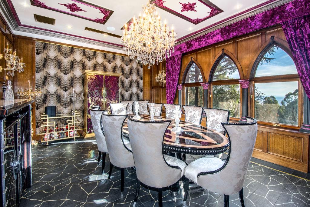 Sassfaras mansion